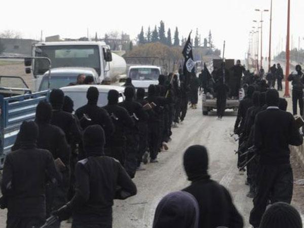 पढ़ें-सेना कहती पाक में ISIS मौजूद, पीएम नवाज शरीफ करते इंकार