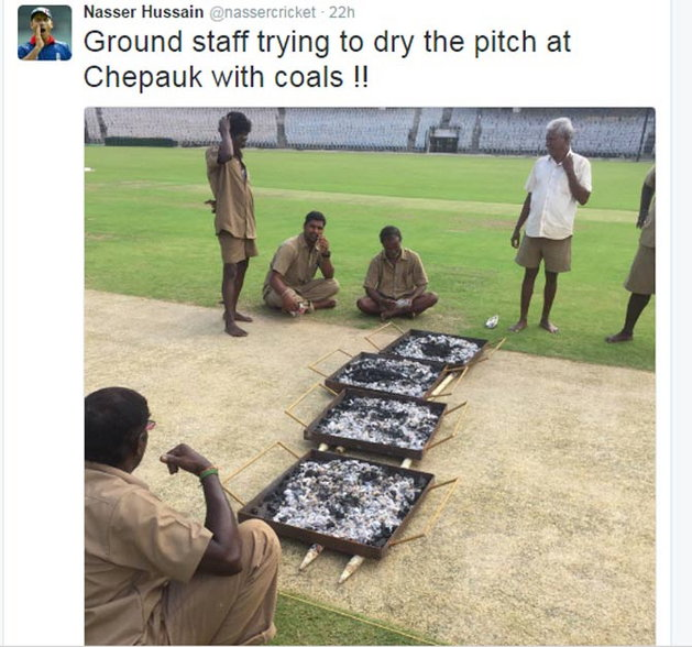 Chennai Test: Ind vs Eng: Ground staff trying to dry the pitch at Chepauk with coals after Cyclone Vardah