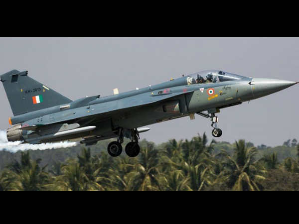 Navy rejects 'overweight' Tejas, looks for alternative