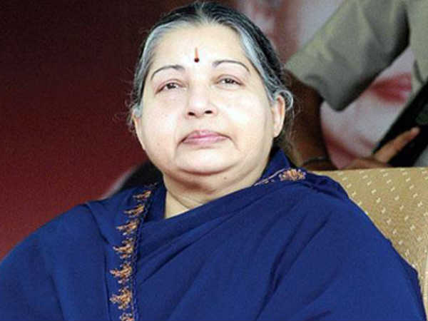 Jayalalithaa suffers cardiac arrest