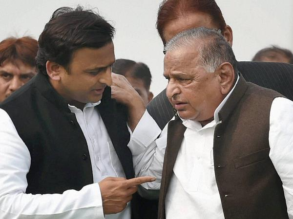 Samajwadi Party Dangal: Akhilesh Yadav Gets Cycle Mulayam Left With These Three Options