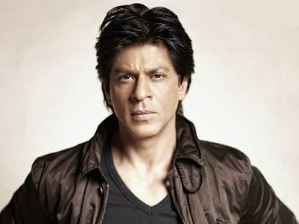 वेंडर की शिकायत पर हुआ शाहरुख खान पर केस, ये है पूरा मामला   Case against  Shahrukh Khan for rioting, damaging railway property, Read Full Story -  Hindi Oneindia