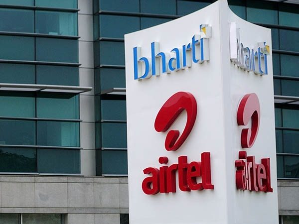 Airtel profit falls for 4th straight quarter as Reliance Jio takes its toll