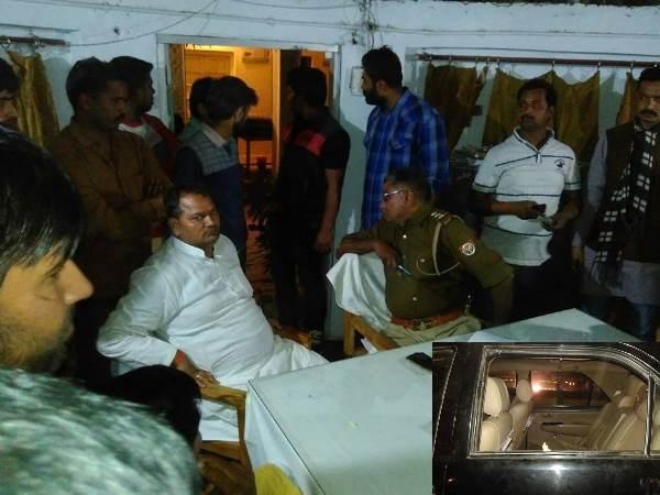 <strong>Read more: सुल्तानपुर: विधायक की गाड़ी पर हमले के बाद थाने में समर्थकों का हंगामा, पुलिस ने किया लाठीचार्ज</strong>