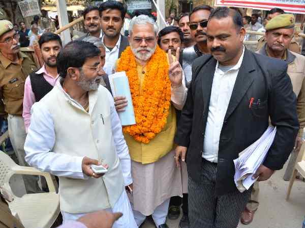 Pm Modi Lookalike Abhinandan Pathak Nomination For Varansi West Seat
