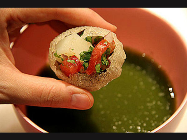 OMG! Panipuri Vendor Mixed Toilet Cleaner to Make Panipuri Delicious