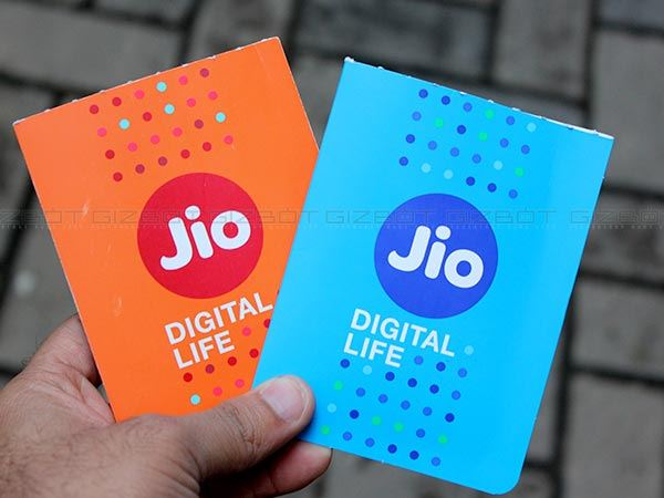 reliance jio's tweet to airtel vodafone and airtel on india pak champions trophy 2017 final match