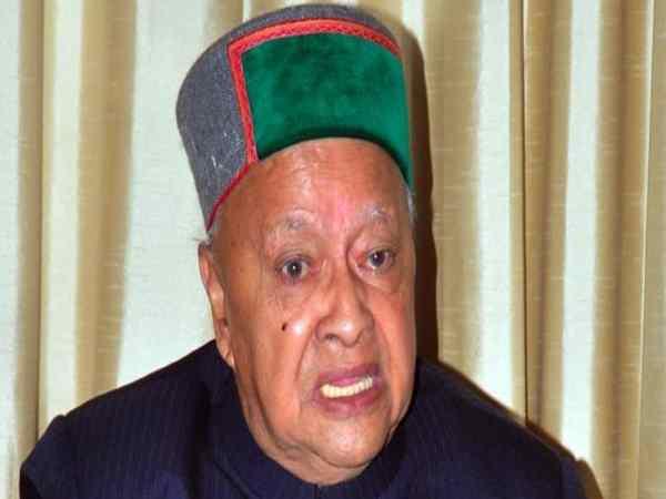 शिमला: घोटाले के आरोपों में घिरे मुख्यमंत्री वीरभद्र सिंह की इस कांग्रेसी नेता ने बढ़ाई मुश्किलें