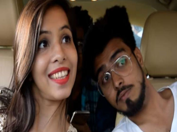 Dhinchak Pooja's 'Selfie' Song Is Insanely Viral. Hear It At Your Own Risk