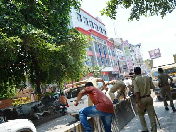 UP Police in Action, people misunderstood Filmy shooting