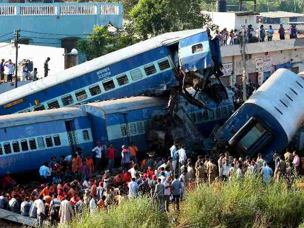 Muzaffarnagar train derailment: 13 Railway employees removed from service