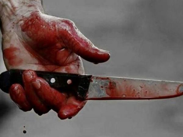 पड़ोसन की हत्या कर देखा खून तो बेहोश होकर गिर पड़ा नाबालिग आरोपी