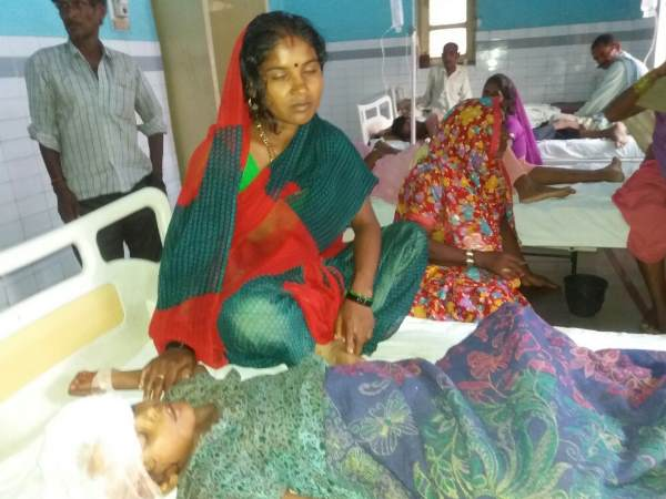 Tiger attack in bahraich continue, mother have to fight