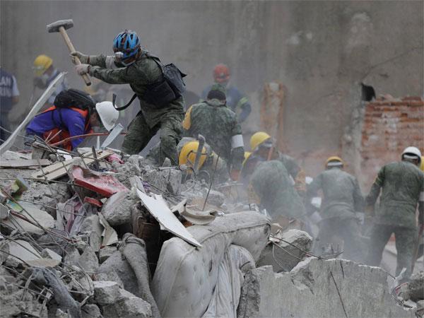 Image result for मेक्सिको में 5.8 तीव्रता का भूकंप