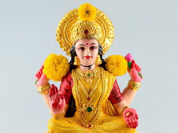 Diwali 2018: दीपावली में महालक्ष्मी को प्रसन्न करने के उपाय