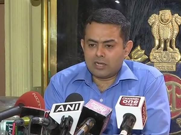 मस्ती करने के लिए चुराई गई थी अरविंद केजरीवाल की कार: दिल्ली पीआरओ