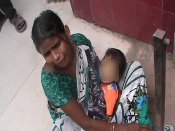 A child after a doctor gave injection in Hardoi