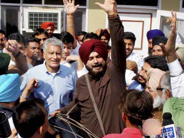 gurdaspur bypoll analysis, BJP's defeat shows the political tide in turning