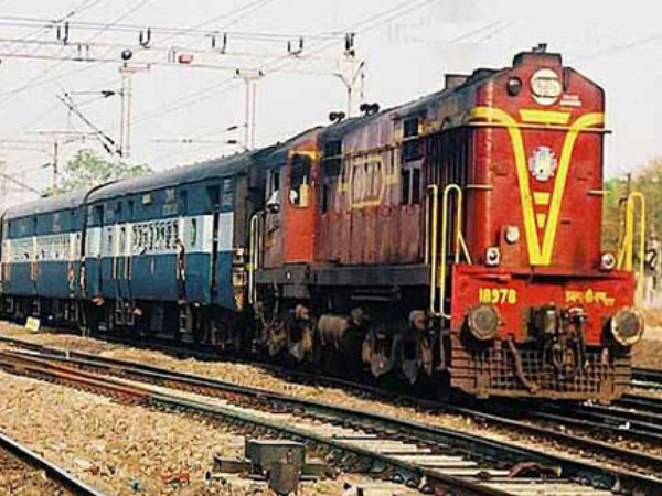 irctc.com: railway special train for Diwali and Chhath, You can get confirm reservation Now