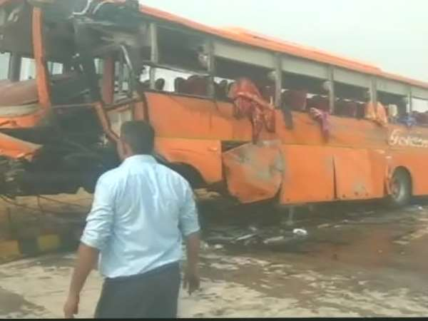 Several students form himachal pradesh injured in bus accident on Yamuna Express highway near Agra