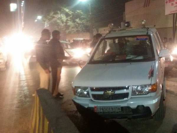 Accident of car in convoy of Anupriya Patel in Varanasi