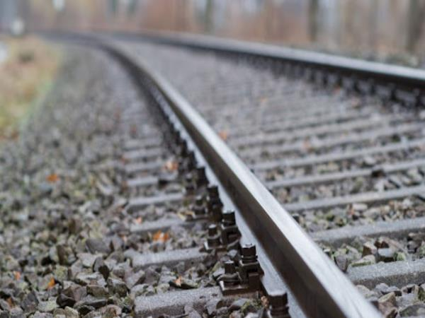 hapur man found dead and beheaded in railway track