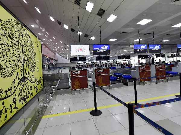 Delhi airport woes: Separate counters for business and first class may reduce T3 immigration lines