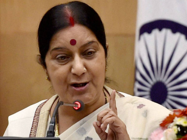 Sushma Swaraj appeals to families of over 500 Indians to Leave Tripoli immediately