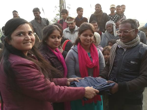 CO Shrestha Thakur celebrated Christmas with poor people
