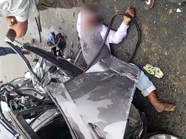A car hit the divider in Saifai and three died in accident