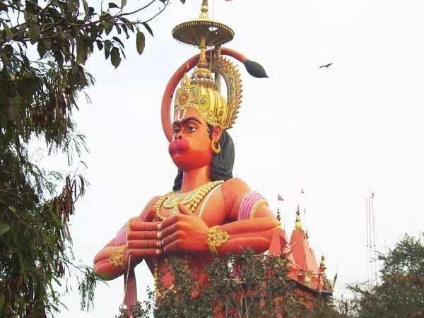 क्या गैरकानूनी निर्माणस्थलों पर पूजा करने से भगवान तक आपकी प्रार्थना पहुंचेगी? दिल्ली हाईकोर्ट