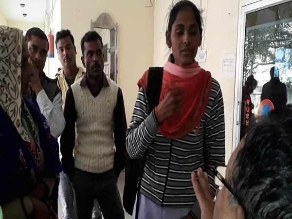 VIDEO: आगे पढ़ाई की बात कह बेटी ने शादी का रिश्ता तोड़ा, मां-बाप के खिलाफ पहुंची थाने