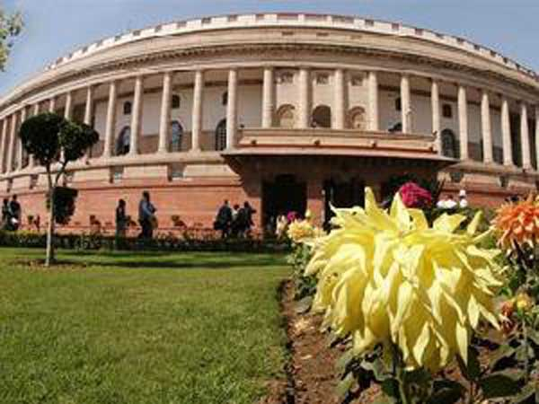 Rajya Sabha adjourned till Wednesday, uproar in loksabha for Modi apology