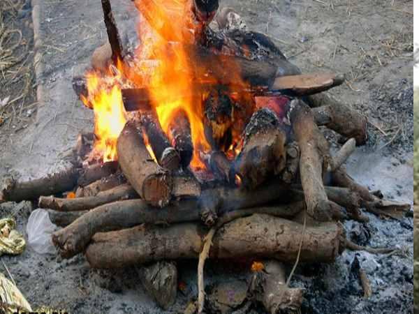 <strong>ये भी पढ़ें- जलाने जा ही रहे थे कि राम-राम कहते हुए चिता से उठ पड़ा मुर्दा, डरकर भागे परिवार वाले</strong>