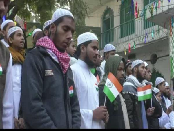 In the madarsa the Indian flag was hoisted but the did not sing national anthem kanpur