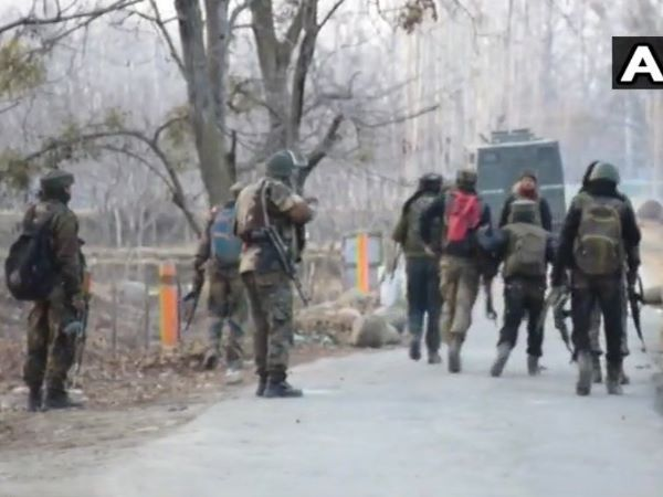 Jammu Kashmir: Encounter between terrorist and army in Shopian Dairoo Chaigund