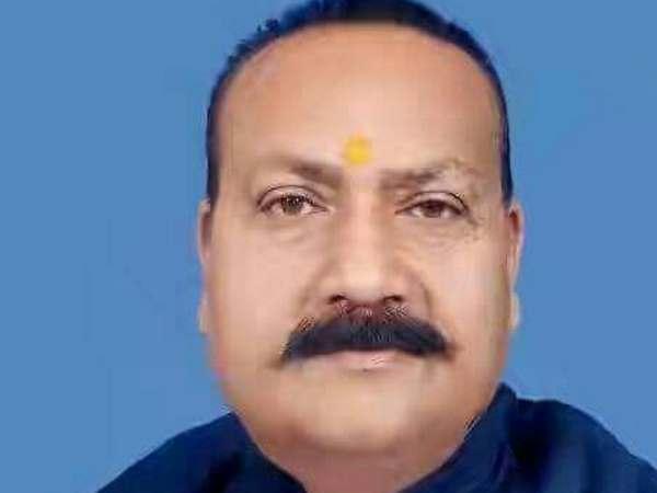 फूलपुर-गोरखपुर समेत 4 सीटों पर भाजपा ने किया लोकसभा उपचुनाव के प्रत्याशियों का ऐलान