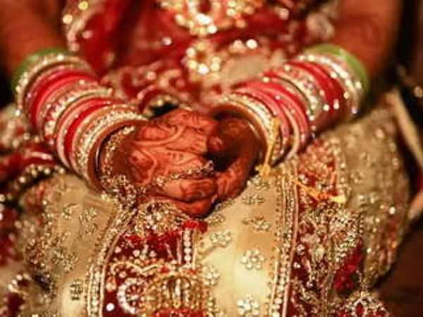 <strong>इसे भी पढ़ें:- यूपी की लड़की से शादी के लिए अफगानिस्तान से बारात लेकर पहुंचा शख्स, फिर </strong>