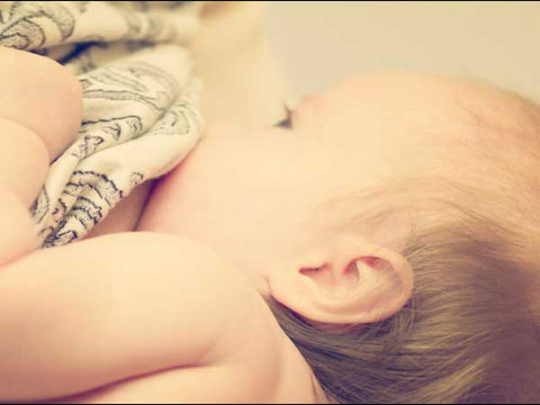 transgender woman is the first in the world to breastfeed her baby