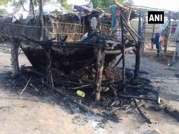 मध्य प्रदेश: झोपड़ी में लगी आग, तीन मासूमों की जिंदा जलकर मौत