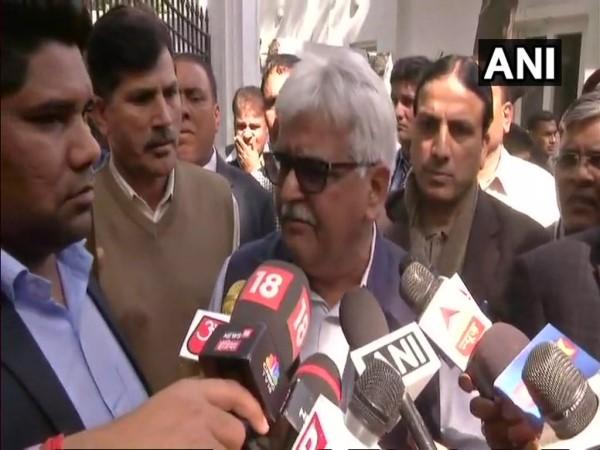 दिल्लीः AAP विधायकों पर मुख्य सचिव से बदसलूकी का आरोप, हड़ताल पर गए अधिकारी