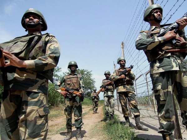 इंटरनेशनल बॉर्डर पर बीएसएफ की कार्रवाई में पाकिस्तानी स्मगलर ढेर, हेरोइन और हथियार बरामद