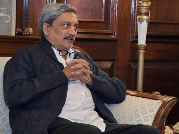 Goa Chief Minister Manohar Parrikar admitted to Mumbai Lilavati Hospital