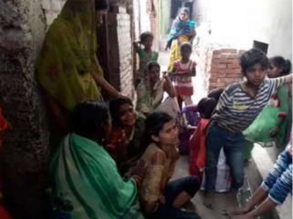 lover gives poison to woman and 3 children in tea in Patna