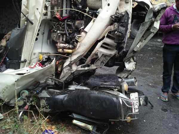 Three killed when three vehicles collided in Unnao