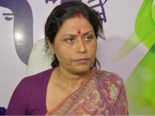 'ढीली जींस पहनने वाले लड़के' बयान पर घिरीं राजस्थान महिला आयोग की अध्यक्ष, अब दी सफाई