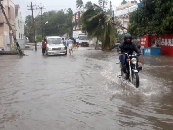 heavy rains warning in Kerala and Tamil Nadu over next 48 hours