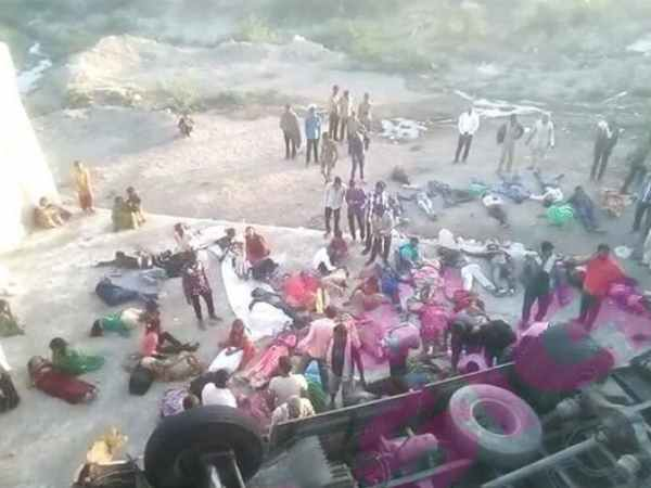 gujarat bhavnagar accident pictures many people dead truck fell into drain