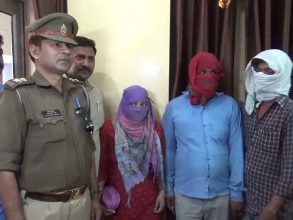 A woman and two others arrested in blackmail case in Hapur