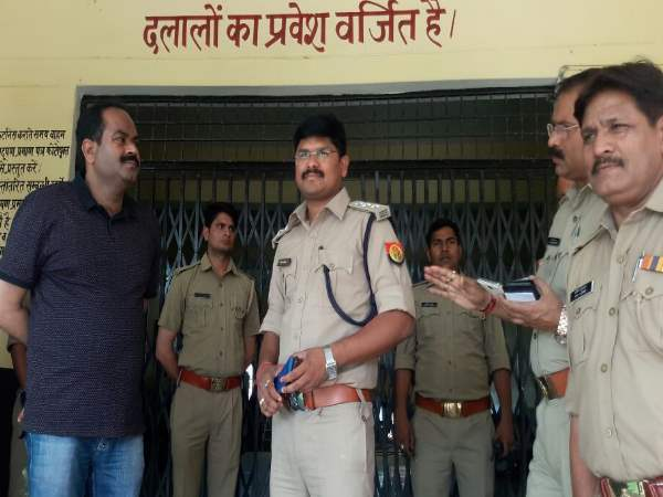 Etawah ssp spolied the wrong doing of RTO Broker